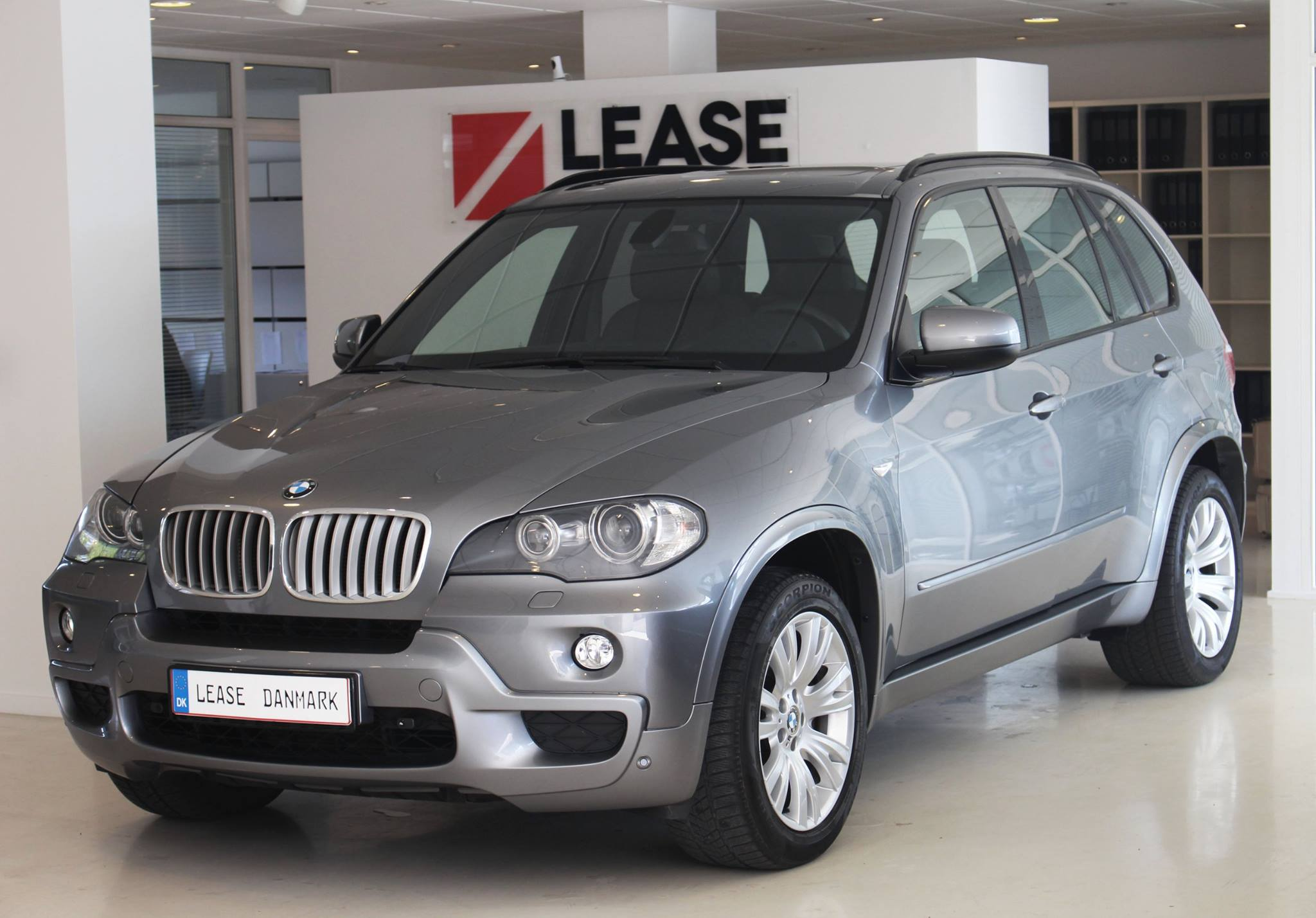 bmw x5 xdrive lease danmark. Black Bedroom Furniture Sets. Home Design Ideas